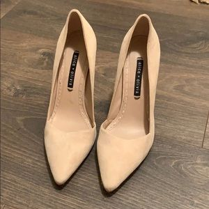 A size 9, tan suede, Alice and Olivia heels